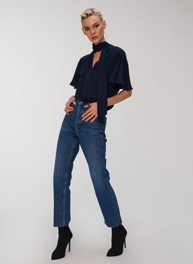 People By Fabrika Fular Detaylı Bluz Lacivert
